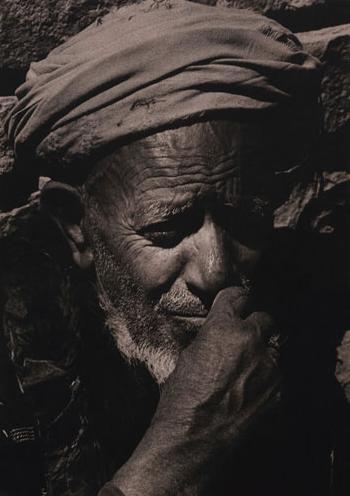 """© Renate Scherra - From 'Portraits - Yemen' Series, 1989, Silver Gelatin Print, 16x12"""""""