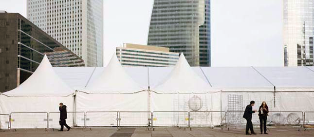 © Gudrun Kemsa - Urban Stage - Place de la Défense 7, 2010, Color Print, 86 x 198 cm