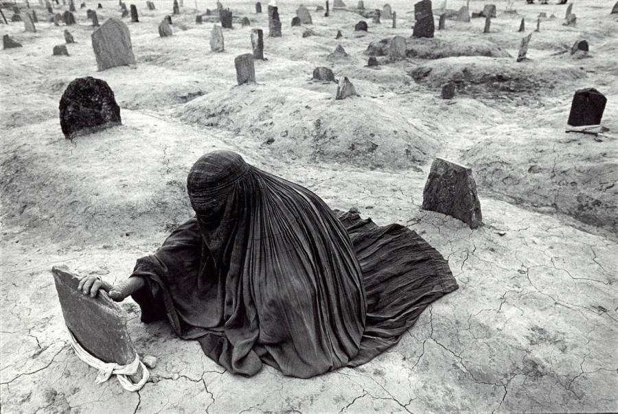©James Nachtwey - Afghanistan 1996